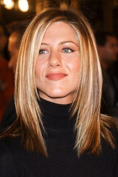 2001-11-19-elle-jennifer-anniston-hair-13
